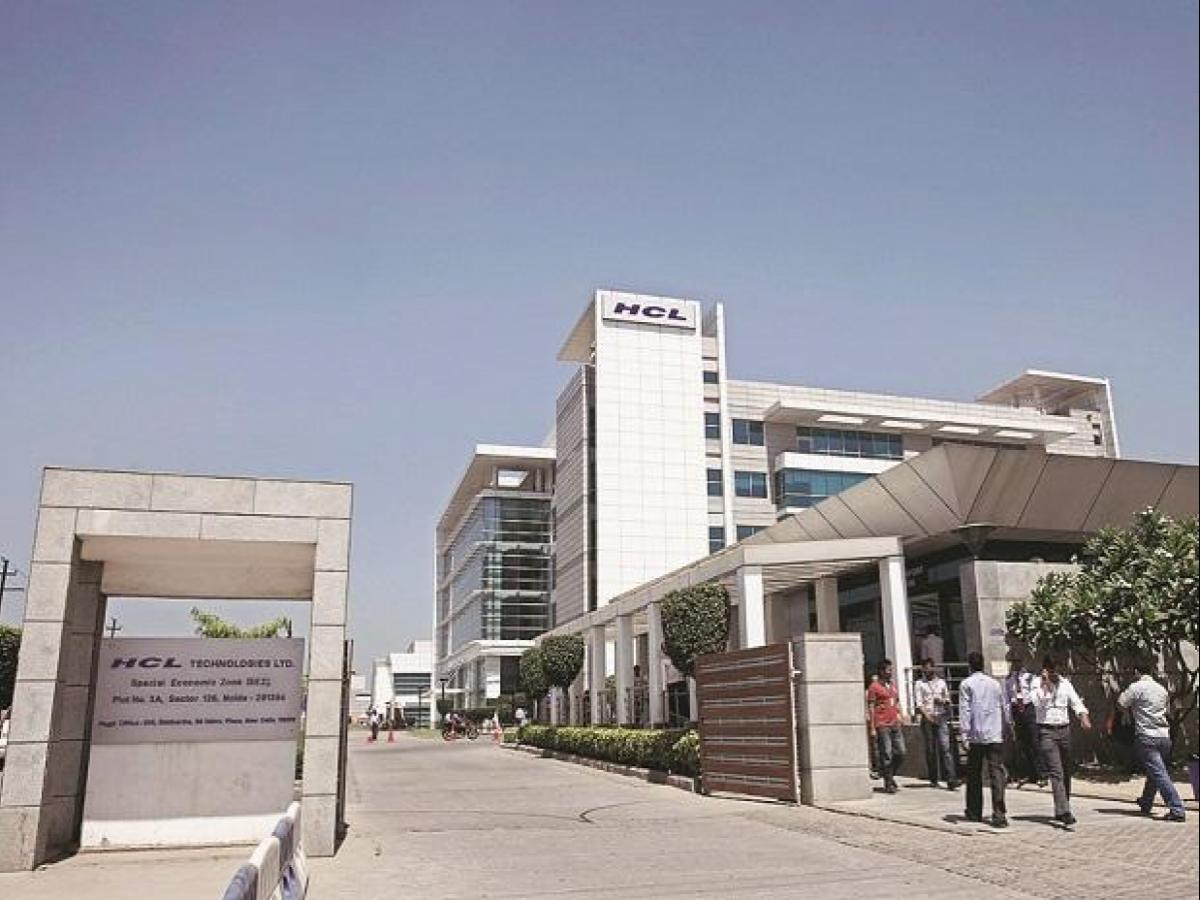 HCL Tech Q2 results: Consolidated PAT rises 1.7% QoQ, beats estimate; Co to pay Rs 10 dividend