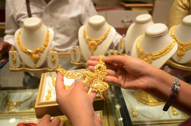 From Tanishq to Kalyan, jewellers selling gold online starting Rs100